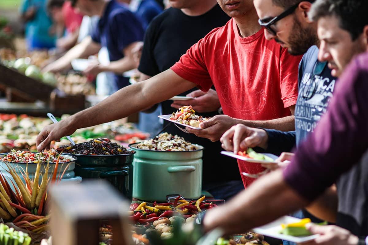 נוי קייטינג -דוכני מזון